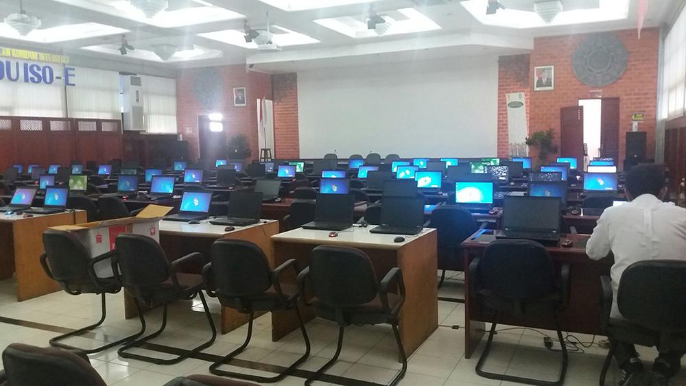 sewa laptop, sewa komputer, sewa proyektor, sewa tv